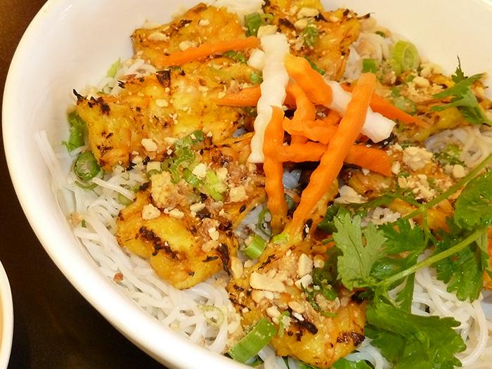 grilled-shrimp-vermicelli-bowl